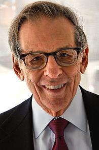 Robert Allan Caro